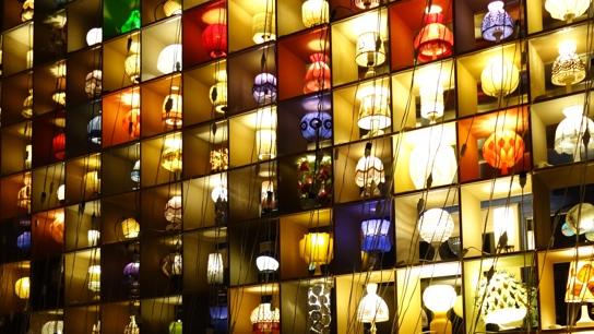 ランプがいっぱい